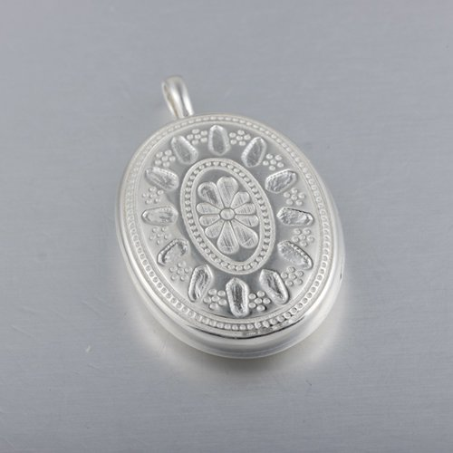 925 sterling silver flower oval locket