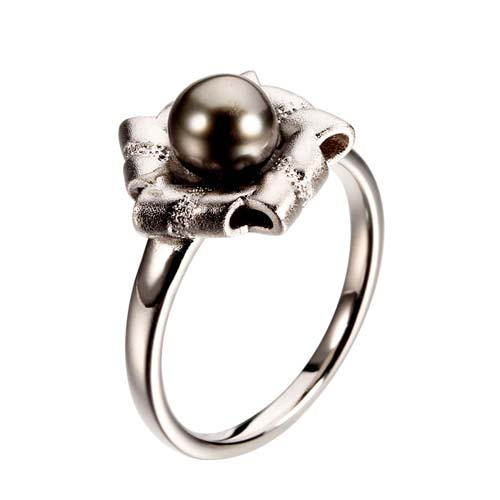 Black tahitian pearl sterling silver flower ring
